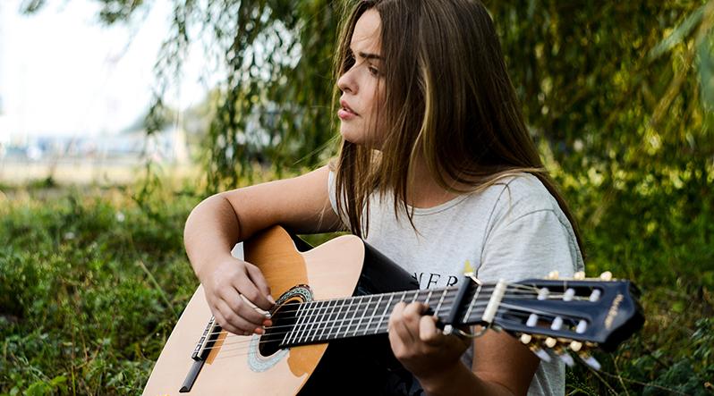 guitar harmonics